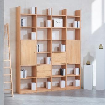 1_Regalwand-in-Buche-Massivholz-keilgezinkt-mit-4-Schubladen-und-2-Holztueren-ueber-jeweils-2-Faecher