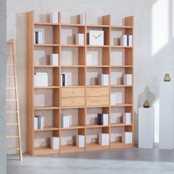 1_Regalwand-in-Buche-Massivholz-keilgezinkt-mit-4-Schubladen