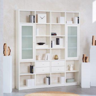 1_Regalwand-in-Weiss-lackiert-mit-4-Schubladen-und-2-Rahmenglastueren-Mattglas-ueber-jeweils-3-Faecher