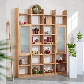 Regalwand-in-Eiche-Massivholz-keilgezinkt-mit-2-Rahmenglastueren-in-Mattglas-ueber-jeweils-3-Faecher